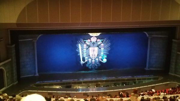 宝塚大劇場の2階席から